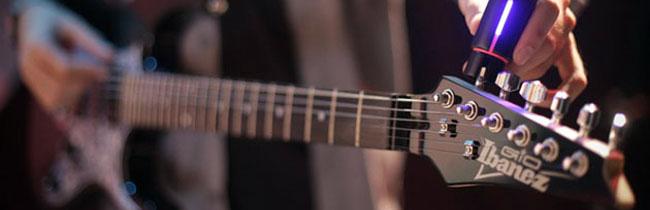В этой статье вы узнаете, как производится полная настройка новой электрогитары сразу же после покупки