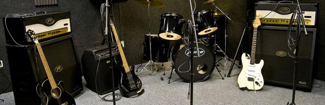 Несколько важных аспектов, которые касаются того, как правильно организовать репетицию начинающей рок-группе и на чем необходимо заострить свое внимание молодым музыкантам