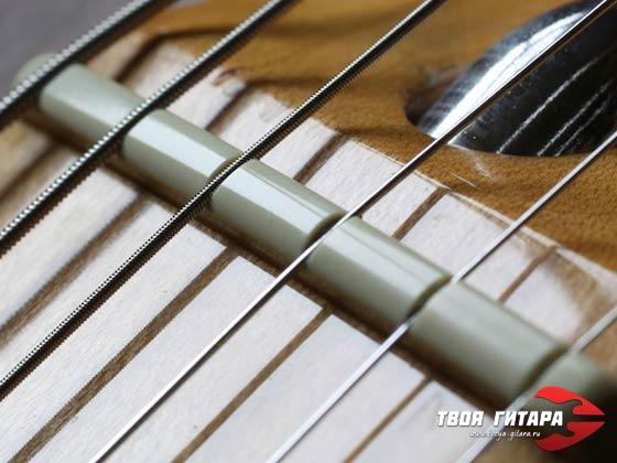 Верхний порожек электрогитары