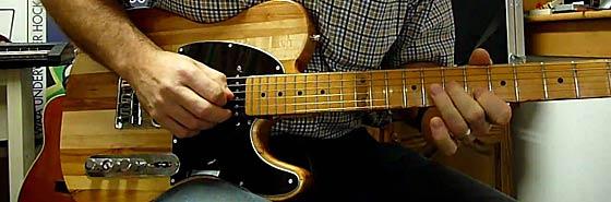 Какой должна быть правильная постановка рук на гитаре? Ответ на этот вопрос вы найдете в этой небольшой статье с советами и рекомендациями.