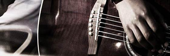 Не можете определиться какую выбрать гитару? В этой статье рассмотрены основные типы гитар, а также даны советы по выбору и покупке в музыкальном магазине.